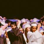 Estudiantes graduación Larraioz Elektronika prácticas