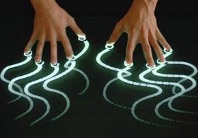 Larraioz Elektronika desarrolla sistemas multitáctiles