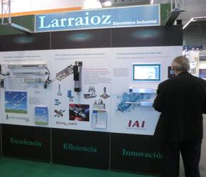 LArraioz Elektronika exponiendo sus novedades en materia de automatización industrial