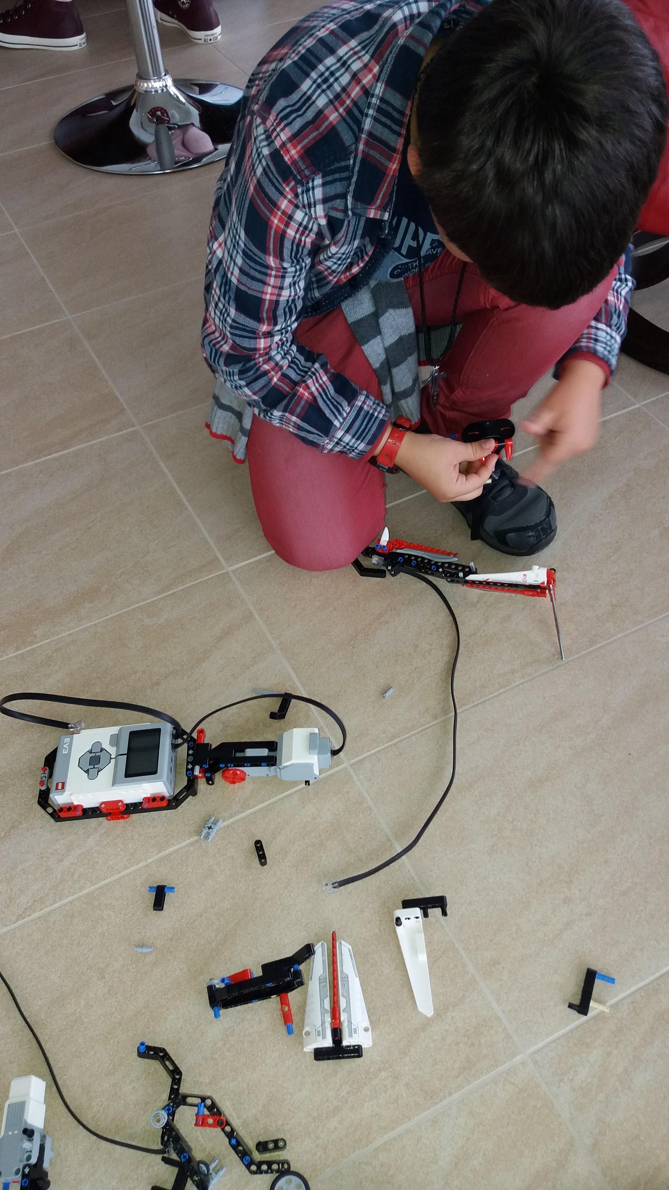 Importancia tecnología y robótica jóvenes y niños xabier iturralde