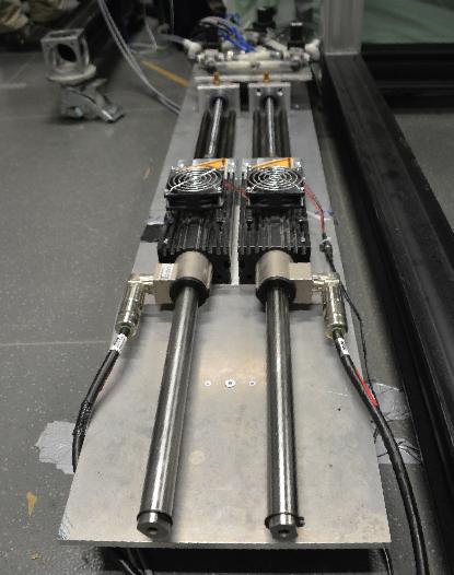 dos motores lineales LinMot, modelo PS01-48x240F-C usados para la investigación
